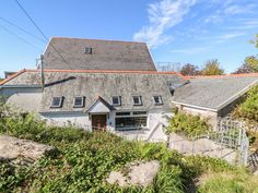 Rating 3 Star PET FRIENDLY. Click picture to view next 5 months price and availability. This detached cottage rests near Praze-an-Beeble and can sleep twelve people in five bedrooms.