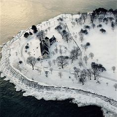 Promontory Point, Hyde Park Neighborhood of Chicago, January 29, 2004 Terry Evans