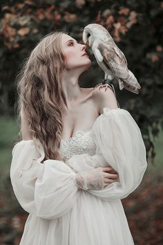 Owl magic, photography by Jovana Rikalo - Ego - AlterEgo Art Reference Poses, Photo Reference, Drawing Reference, Fantasy Photography, Portrait Photography, Sadness Photography, Magical Photography, Fotografie Portraits, Art Poses