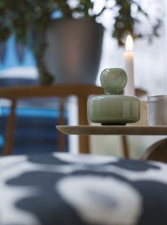 #marimekko #marimekkoservies   Kom langs in onze winkel voor o.a. deze Flower vase van het Finse label Marimekko. Marimekko servies, stoffen en accessoires vind je bij emma b Oudegracht 218 / Hoek Hamburgerstraat Utrecht