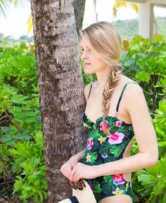 Sharing a favorite swimsuit on the blog today...and a make-up free look for the beach! ☀️ #vacationmode #fishtail