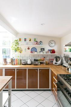 Warming Up the Kitchen With Wood: A Dozen Examples from Real Homes