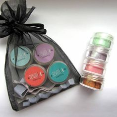 #Win 1 of 10 4pc #vegan mineral makeup samplers from @Seven4Cosmetics Click picture to enter