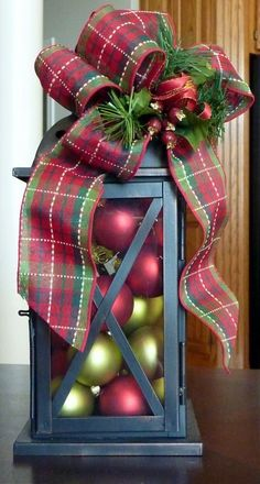 Looking for easy peasy Dollar Store Christmas Decor Ideas? Here is a wonderful collection of Dollar Store Christmas Decorating Ideas to help you out. Christmas Lanterns, Christmas Porch, Noel Christmas, Christmas Centerpieces, Outdoor Christmas, Country Christmas, Xmas Decorations, Christmas Projects, Winter Christmas