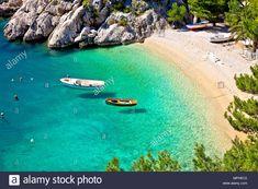 Idyllic beach Punta Rata in Brela aerial view, Makarska riviera of Dalmatia, Croatia Stock Photo - Alamy Parasailing, Visit Croatia, Croatia Travel, Hidden Beach, Beaches In The World, Am Meer, City Beach, Dubrovnik, Where To Go