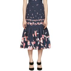 Erdem Navy Abbie Skirt (£300) ❤ liked on Polyvore featuring skirts, navy, floral pleated skirt, floral print skirt, navy blue floral skirt, floral printed skirt and floral jacquard skirt