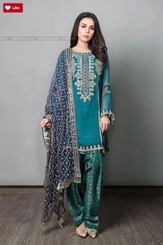 Maria B Suit Green Evening Wear 2017 Price in Pakistan famous brand online shopping, luxury embroidered suit now in buy online & shipping wide nation. Shadi Dresses, Pakistani Formal Dresses, Pakistani Party Wear, Pakistani Wedding Outfits, Pakistani Couture, Pakistani Dress Design, Indian Dresses, Indian Outfits, Indian Designer Suits