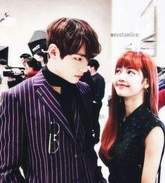 Bts Blackpink, Bts Girl, Blackpink Fashion, Cute Couples, Bangs, Taehyung, Kpop, Ships, Style