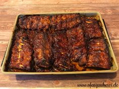 Spareribs in BBQ-Marinade im Ofenzauberer von Pampered Chef® Order spare ribs in BBQ BBQ sauce on the oven wizard from the Pampered Chef online shop Pampered Chef, Barbecue Sauce Recipes, Steak Recipes, Bbq Sauces, Slow Cooking, Barbacoa, Marinade Bbq, Greek Diet, Tartiflette Recipe