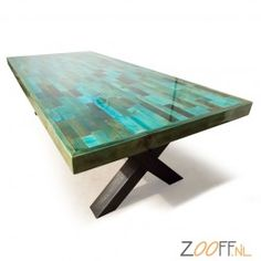 Sloophouten tafel Liquid Gloss® Epoxy beschermlaag stalenbalken X-frame
