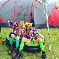 OMFG YASSSSS! Could this day get any better?! @ttigerlilly @lulutrixabelle twinning in matching Bottle Blonde Monster Jackets!  #secretgardenparty