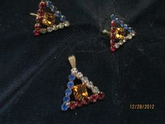 Big, Bold And Beautiful, You've Gotta See This Costume Jewelry! | Dusty Old Thing