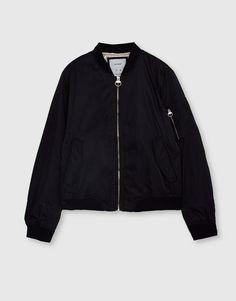 Basic bomber jacket - Coats and jackets - Clothing - Woman - PULL&BEAR Ukraine