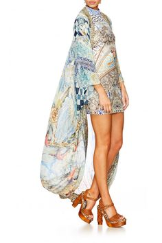 Long Cape, Camilla, Wearable Art, Latest Fashion Trends, Cover Up, Bohemian, Caftans, Luxury, Chic