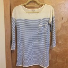 GAP striped summer sweater Very cute and SUPER soft striped sweater. Fairly lightweight so it's perfect to throw on during cool summer nights. Also great for spring! XS but fits more like a S, depending on how tight you like it. Great condition, only worn once. Reasonable offers welcome!! No trades. GAP Sweaters