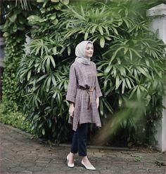 15 Trendy Dress Casual For Work Heels Hijab Casual, Ootd Hijab, Hijab Chic, Casual Fall Outfits, Trendy Dresses, Casual Dresses, Dresses For Work, Hijab Stile, Hijab Fashionista
