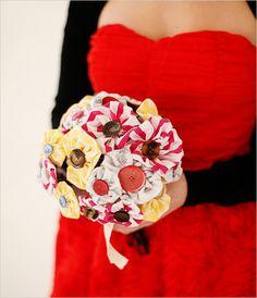 DIY Fabric Bouquet  私、どうやらボタンが好きらしい