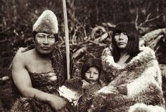 The extinct Indian tribe of the Southern Argentinian archipelago (Tierra del Fuego) Patagonia, Ecuador, Australian Aboriginals, Melbourne Museum, Indigenous Tribes, Art Premier, Religion, Anthropologie, Indian Tribes