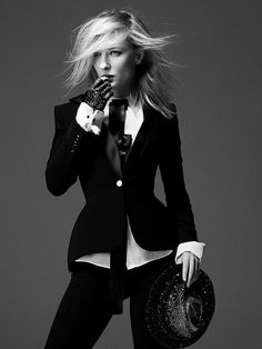 Androgyny never fails in fashion. - Felix Lammers