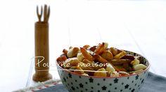 Poutine maison | Cuisine futée, parents pressés Quebec, Yummy World, Casserole Dishes, My Recipes, Vegetarian Recipes, Food Porn, Appetizers, Snacks, Eat