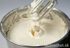 Šľahačka z mlieka a masla