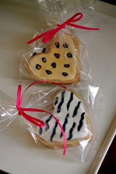 Animal print cookies
