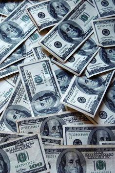 Money Gift Ideas For Retirement - - - Make Money Baddie - - Money Stacks Girls Money Wallpaper Iphone, Handy Wallpaper, Clock Wallpaper, Money On My Mind, My Money, Cash Money, Extra Money, Make Money Online, How To Make Money