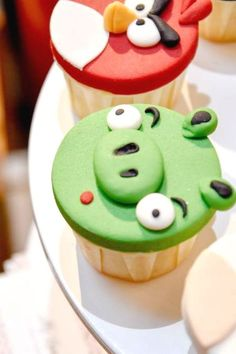 Check out this cool Angry Birds birthday party! The cupcakes are awesome! See more party ideas and share yours at CatchMyParty.com   #catchmyparty #partyideas #angrybirds #angrybirdsparty #boybirthdayparty