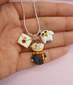 Best Picture For Polymer Clay Jewelry fimo For Your Taste You are looking for something, and it is g Colar Harry Potter, Bijoux Harry Potter, Harry Potter Necklace, Harry Potter Charms, Harry Potter Diy, Polymer Clay Kawaii, Polymer Clay Charms, Polymer Clay Projects, Polymer Clay Jewelry