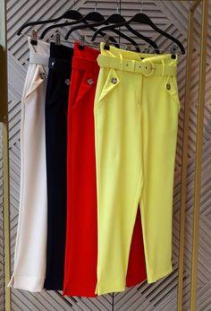 Eliana, New Pant, Jeggings, Bermuda Shorts, Ideias Fashion, Pants For Women, Fashion Design, Outfits, Elegant Jumpsuit