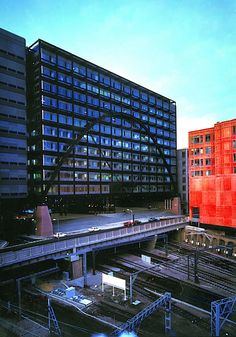 AIA Honors SOM's Broadgate Exchange House with 25-Year Award