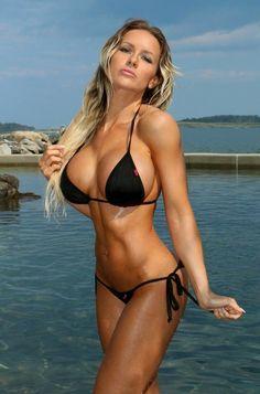 Attractive Sexy Lady in Hot N Sexy Bikini