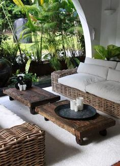 Tropical-chic outdoor seating