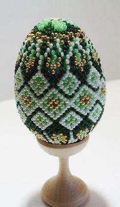 Green-beaded-egg