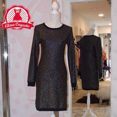 Vestido entallado de manga larga en algodón de color negro con detalles en…