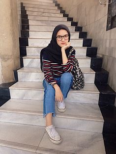 Modern Hijab Fashion, Hijab Fashion Inspiration, Muslim Fashion, Casual Hijab Outfit, Ootd Hijab, Hijab Chic, Hijab Teen, Hijab Style Dress, Kawaii Dress