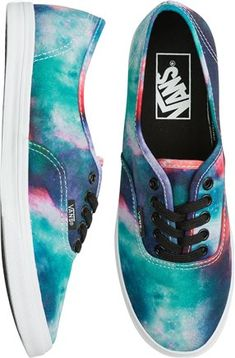Oceany colors for a galaxy themed shoe from Vans for your summer chillin' out. VANS GALAXY AUTHENTIC LO PRO SHOE