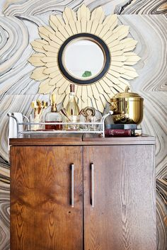Home Tour: A Stylish, DIY-Filled Family Home// DIY wallpaper, sunburst mirror Diy Home Bar, Bars For Home, Diy Home Decor, Diy Bar, Bar Cart Styling, Bar Cart Decor, Decor Interior Design, Interior Decorating, Bungalow
