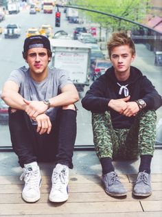 I love Jack and Jack but I can't marry them or make they my boyfriendS so my best I Johnson and Gilinsky but Johnson Jack Dail, Jack Gilinsky, Hottest Female Celebrities, Cute Celebrities, Jack And Madison, Cute Celebrity Guys, Jack Edwards, Omaha Squad, Shawn Mendes Magcon