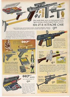James Bond attachment case toy playset. Cool - I had one of these.