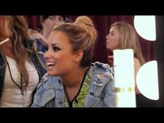 The X Factor USA 2012 - Simon And Demi Get Infected