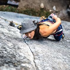 www.boulderingonline.pl Rock climbing and bouldering pictures and news Epic Beta