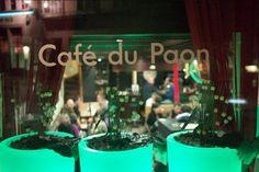 café du paon fribourg - Recherche Google Recherche Google, Neon Signs, Restaurant, Peacocks, Restaurants, Dining Room