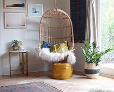 Pin for Later: 55 Real-Life Reading Nooks to Inspire Your Bookish Sanctuary Floor Pouf and Layered Rugs Floor Pouf, Floor Pillows, Home Bedroom, Bedroom Decor, Bedrooms, Kids Bedroom, Urban Outfitters Bedroom, Eames Chairs, Diy Chair