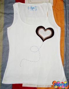 camiseta buen corazón tonos marrones  fieltro hecho a mano