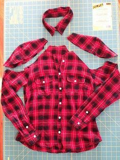 Cold Shoulder Flannel Shirt Refashion - cut out shoulders and detach collar Diy Cut Shirts, Umgestaltete Shirts, T Shirt Diy, Flannel Shirts, Diy Clothes Refashion, Shirt Refashion, Redo Clothes, Cold Shoulder Shirt, Diy Clothes Videos