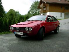 Alfetta GTV 2.6 V8 1977only 20 was made : 2593 Engine -197 bhp @ 6500 rpm - 5 speed Manual - 1300 kg
