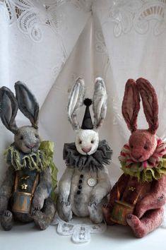 Rabbit Robin By Anna Martynenko - Bear Pile