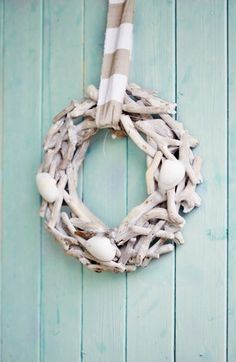 Can't wait to make this with the driftwood I've been collecting.