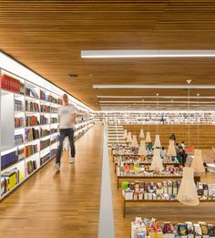 Shelf-life: Why Bookshop Interiors Are Turning Over a New Leaf ..